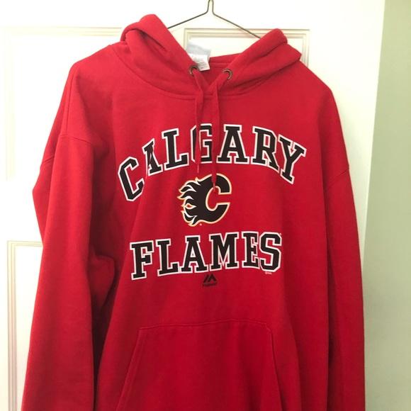 new concept ccb0c 71b95 Majestic Calgary Flames hoodie